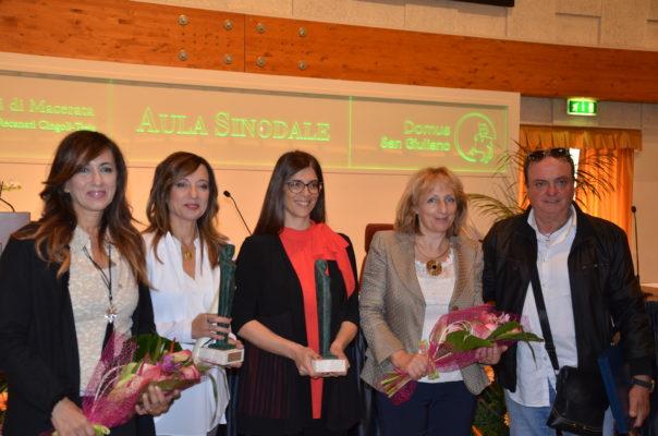 Al centro Laura Salvucci, a destra Patrizia Tiranti, Presidente del Comitato per l'imprenditoria femminile